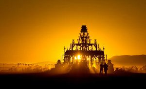 Last Sunrise created spectacular silhouette of Temple. Created by Shrine, Tucker and the Basura Sagrada Collaboratory